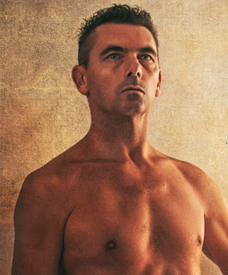 l'uomo che non deve chiedere mai di ggii1966