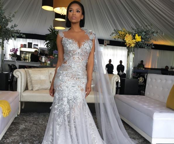 Ayanda Thabethe brought elegance to the Durban July festivities.