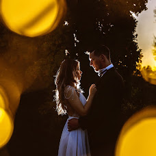 Wedding photographer Madalin Ciortea (DreamArtEvents). Photo of 19.11.2017