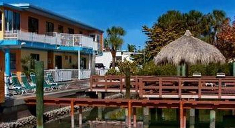 Bayview Plaza Waterfront Resort