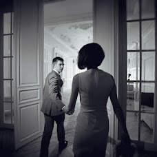 Wedding photographer Anton Gunchev (FotoGroup). Photo of 05.05.2013