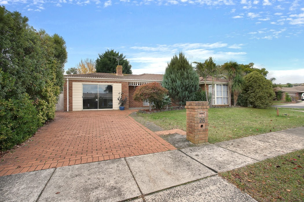 Main photo of property at 28 Rozzy Parade, Narre Warren 3805