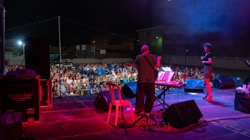 La Noche Sabinera durante su actuación