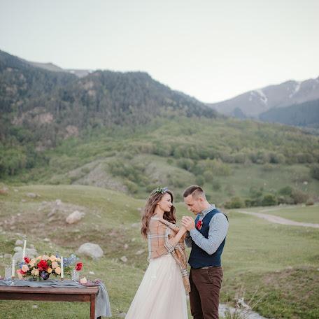 Wedding photographer Yana Semernina (YanaS). Photo of 17.08.2017