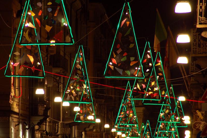 Luci natalizie in città di Tauri41