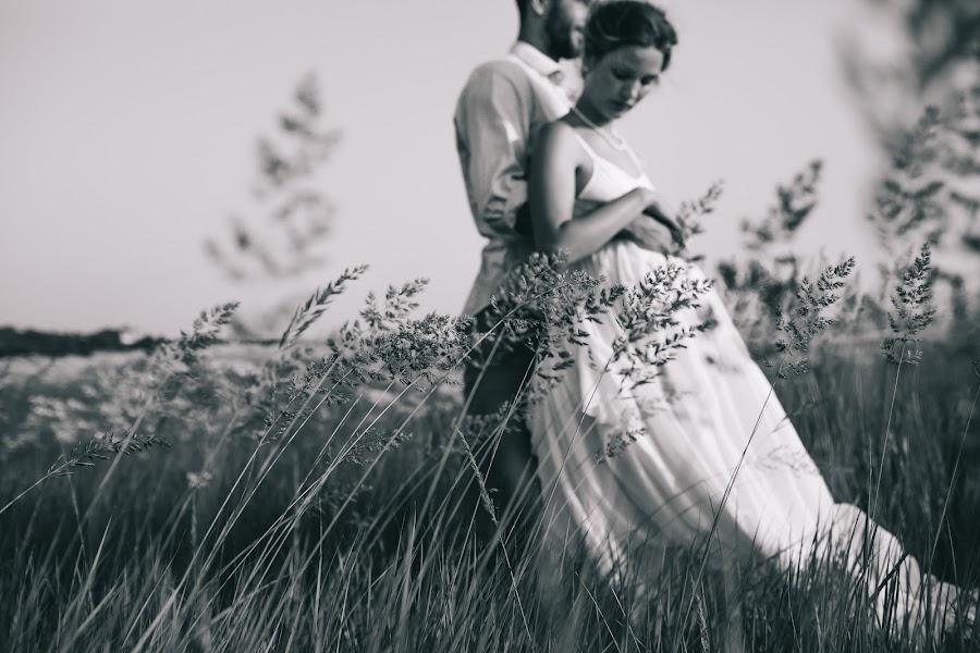 Wedding photographer Roman Pervak (Pervak). Photo of 31.08.2016