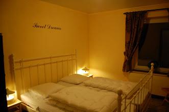 Photo: Tweepersoons slaapkamer (gele kamer 2)