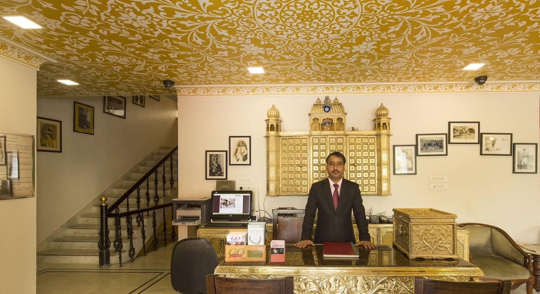 Hotel Umaid Residency