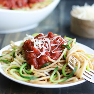 Easy Zoodles Recipe (Zucchini Noodles for Beginners).