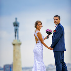 Wedding photographer Uros Ivanovic (UrosIvanovic). Photo of 07.12.2015