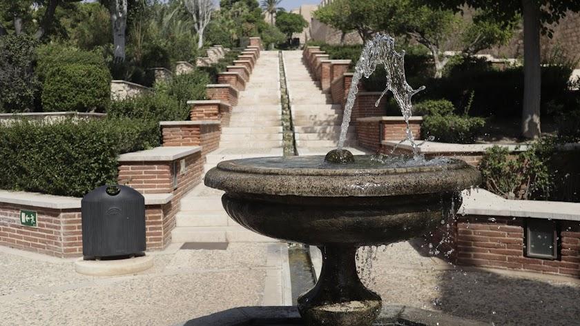 El agua regresa a La Alcazaba.