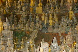 Photo: Inside the two caves there are about four-thousand carved Buddhas.