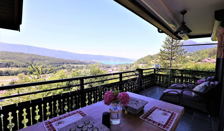 House with terrace Talloires