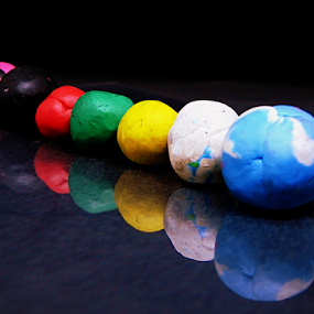 Clay Balls by Vivek Sharma - Artistic Objects Other Objects ( colour, clay, vivekclix, reflection, balls, bright, vivek, play, learning toy )