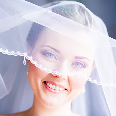 Wedding photographer Nadya Gribova (nadyagribova). Photo of 15.03.2014