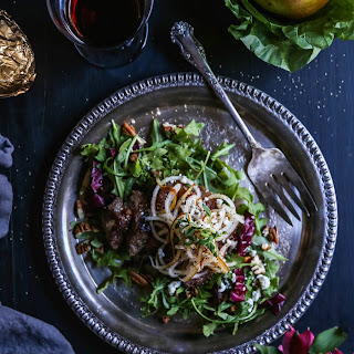 Sesame Steak Salad with Spiralized Pears