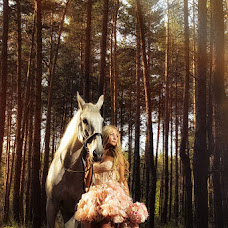 Wedding photographer Aleksandr Vostrikov (samara163rus). Photo of 19.08.2013