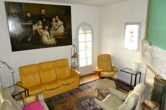 Vente maison 10 pièces 204 m2