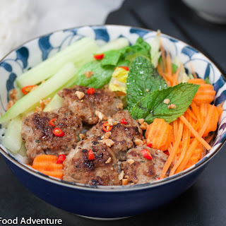 Vietnamese Grilled Pork Patties with Vermicelli (Bún chả)