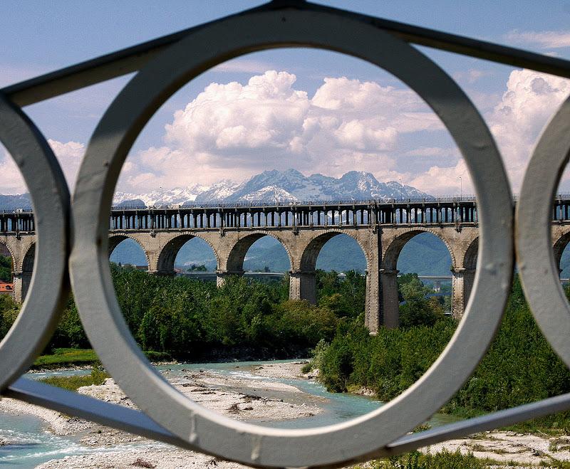 cerchio panoramico. di Naldina Fornasari