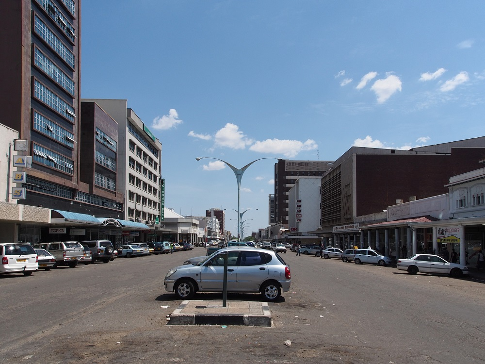 Rusting factories and empty filling stations — how Bulawayo died
