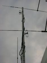 Photo: Uma vez eleita a antena que iriamos usar, passamos a testá-la em casa.