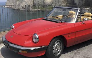 Alfa Romeo Duetto Rent Campania