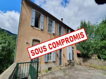 Maison 4 pièces 196 m2