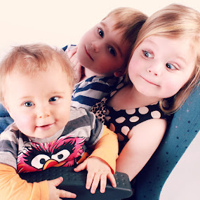 siblings by Ellen Badger - Babies & Children Toddlers ( sister, love, family, smile, brothers )