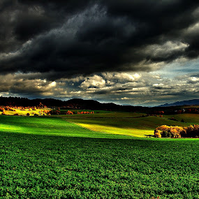 Nečas by Ján Hrmo - Landscapes Weather ( príroda, oblaky zlé počasie dažd, voda, mraky )