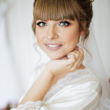 Wedding photographer Zhenya Istinova (MrsNobody). Photo of 12.09.2018