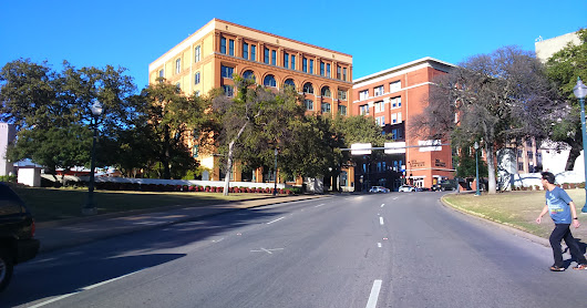 The Grassy Knoll & Dealey Plaza