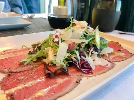 beef-carpaccio-canaletto.jpg - Beef carpaccio with Grana Padano shavings at Canaletto on ms Oosterdam.