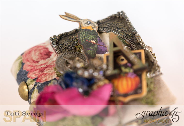 Tati, Hallowe'en in Wonderland - Deluxe Collector's Edition, Pop-Up Book, Product by Graphic 45, Photo 6