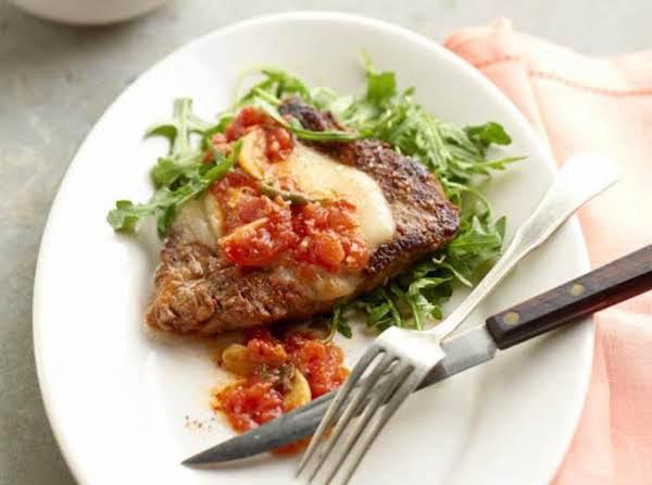 Paprika Steak With Tomato Gravy Recipe