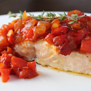 Salmon with Tomato and Bell Pepper Relish