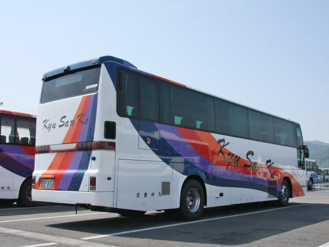 九州産交バス「フェニックス号」「なんぷう号」 ・417 リア