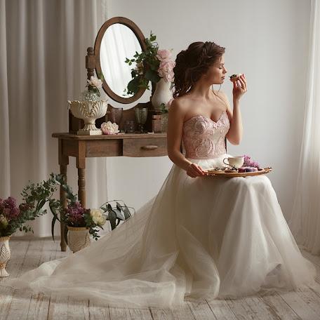 Wedding photographer Elena Bogdanova (ElenaBo). Photo of 19.06.2017