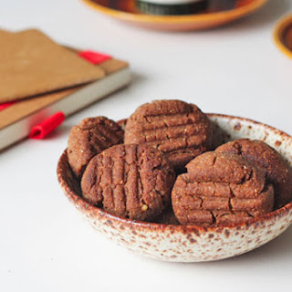 Ginger Cookies with Nut Butter and Teff Flour.