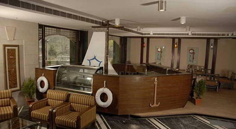 The River Crescent Resort