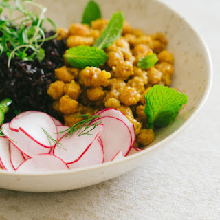 Curry Chickpea Bowl with Black Rice Recipe