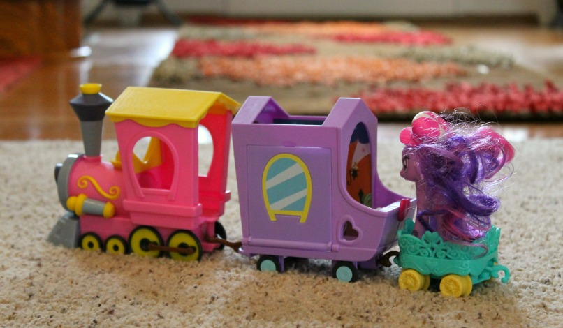 Fun Hasbro Toys - My Little Pony Explore Equestria Friendship Express Train with Princess Twilight Sparkle