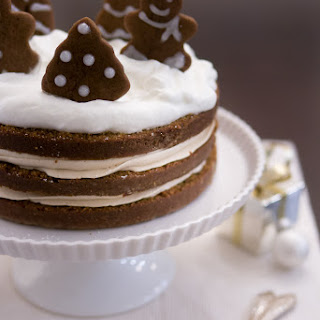 Gingerbread Cake with Cookie Butter Frosting
