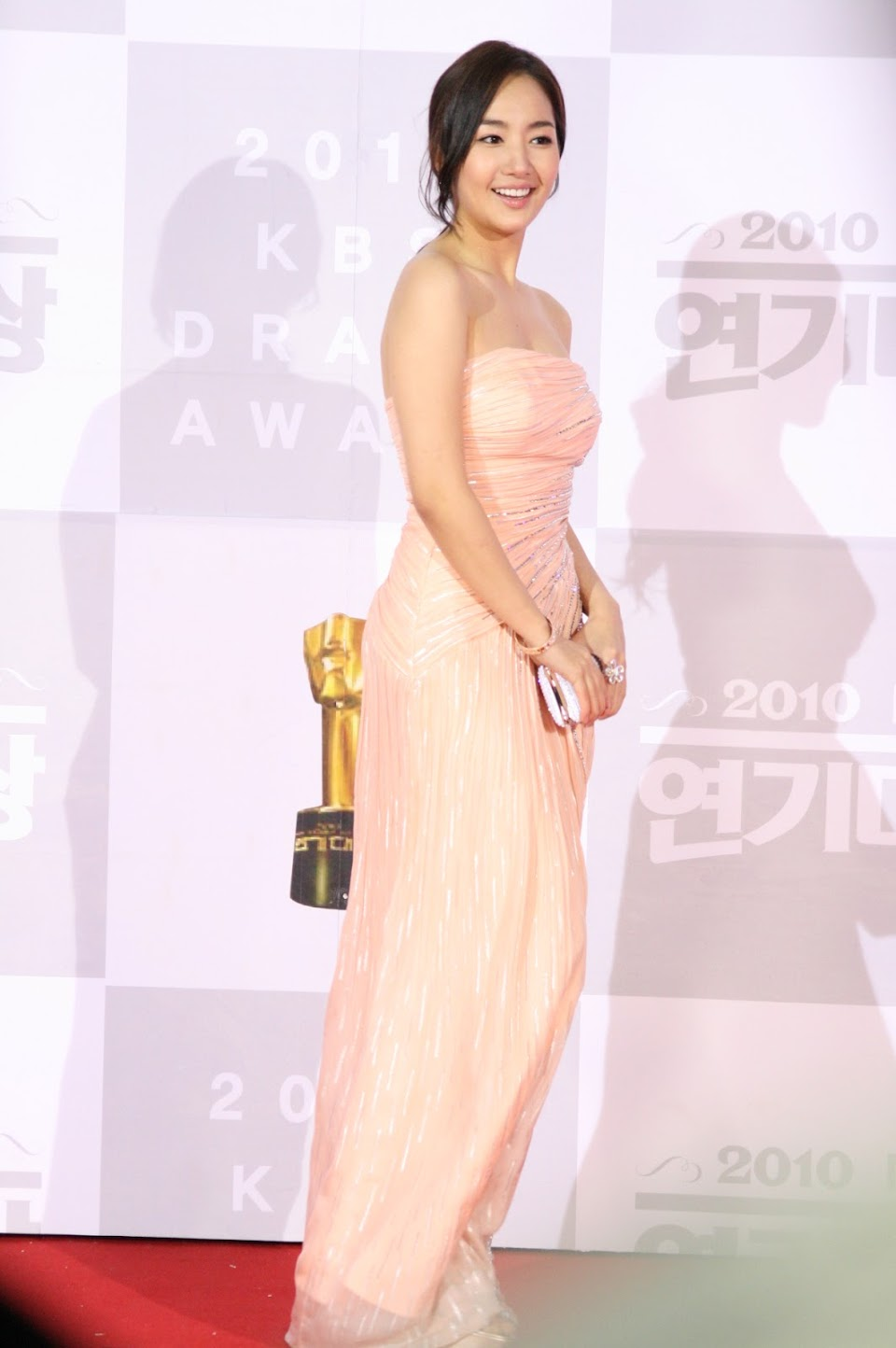 Park_Min-young_at_the_2010_KBS_Drama_Acting_Awards_557