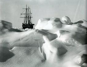 Photo: a menudo la placa semejaba un mar embravecido.