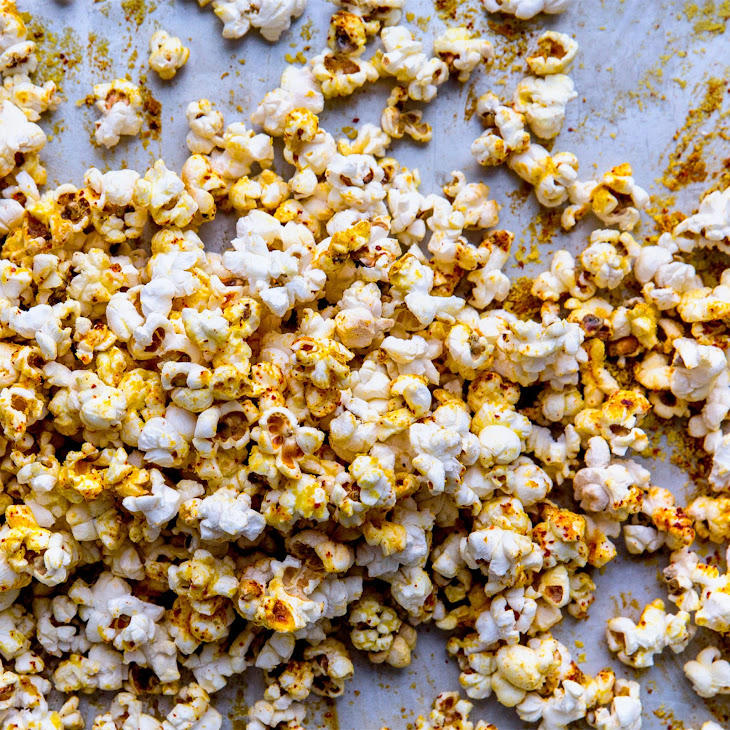 Popcorn with Nutritional Yeast and Aleppo Pepper Recipe