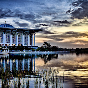 Evening glow by Danial Abdullah - Buildings & Architecture Other Exteriors ( putrajaya, lakeside )