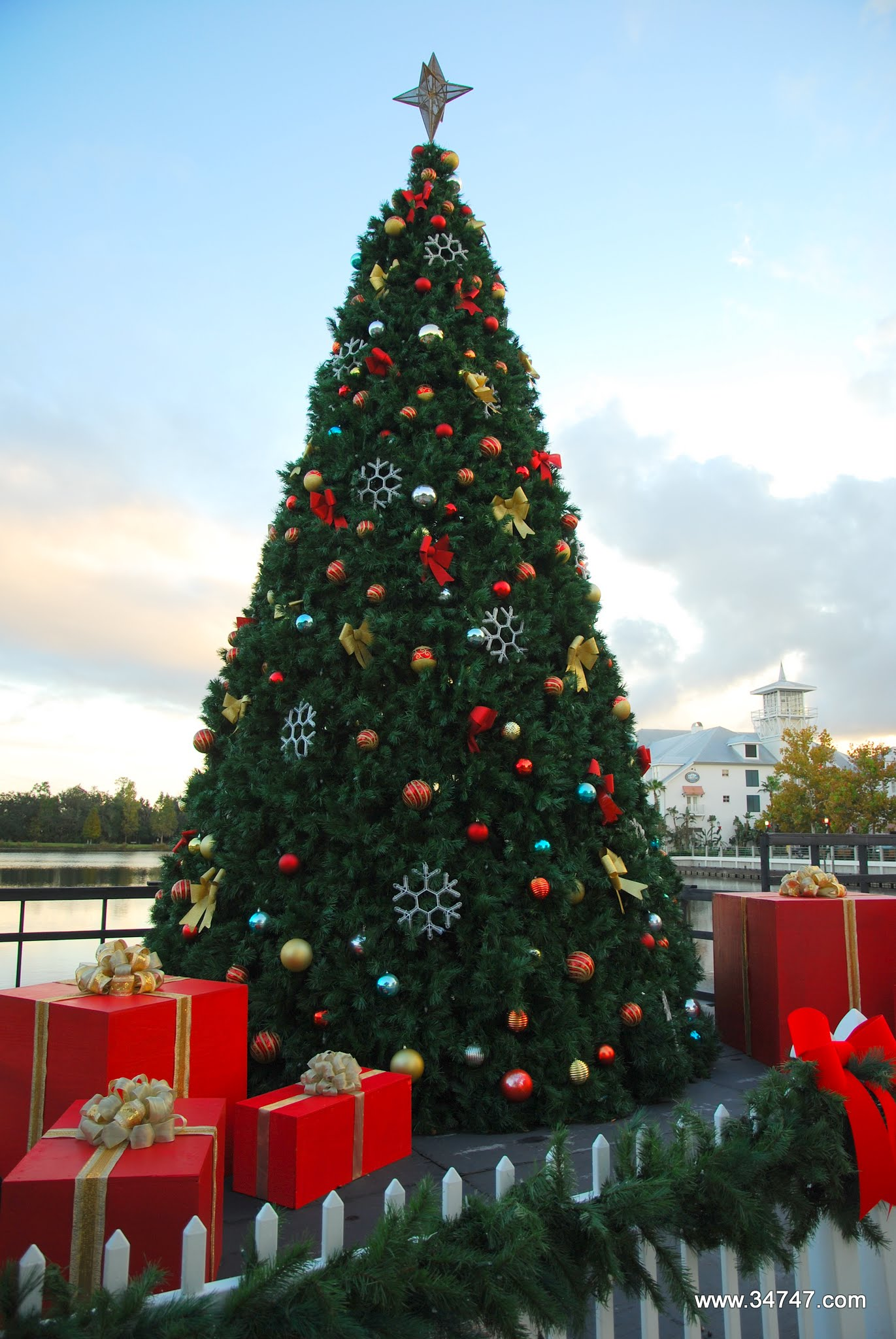 Photo: Lakeside Promenade, Town Center, Celebration, FL