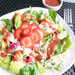 Grilled Chicken Salad with Fresh Strawberry Vinaigrette