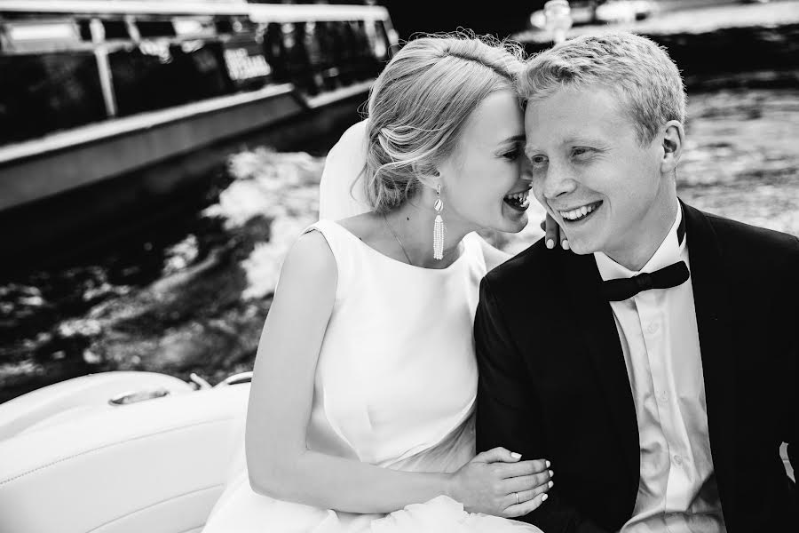 Wedding photographer Юрий Гусев (yurigusev). Photo of 15.08.2016